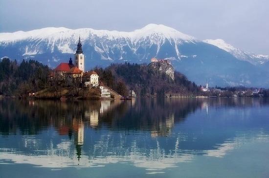 Словения временно откроет границы для иностранцев