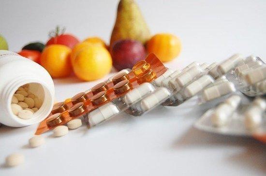 Учёные назвали витамины, способные навредить организму при коронавирусе