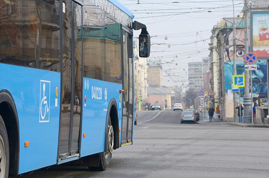 В Москве из-за обрушения на стройке изменили маршруты автобусов