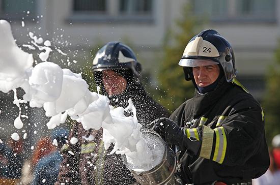 В Волгограде один человек погиб при пожаре на рынке