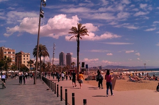 СМИ: Испания откроет границы для туристов летом