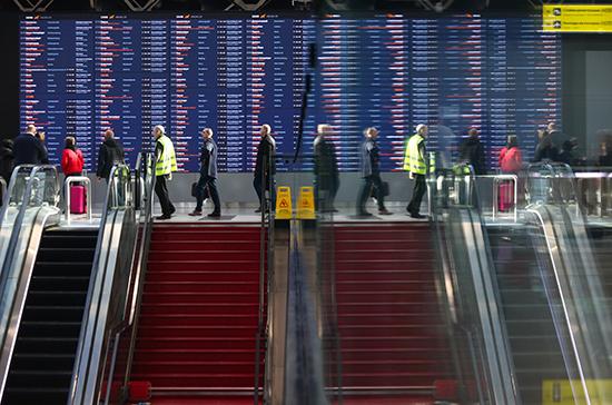 СМИ: Минтранс хочет внедрить биометрию в аэропортах