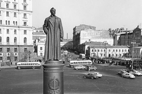 Быть или не быть Железному Феликсу на Лубянской площади