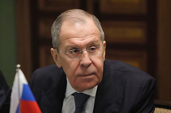 Лавров рассказал о политизации Западом борьбы с коронавирусом