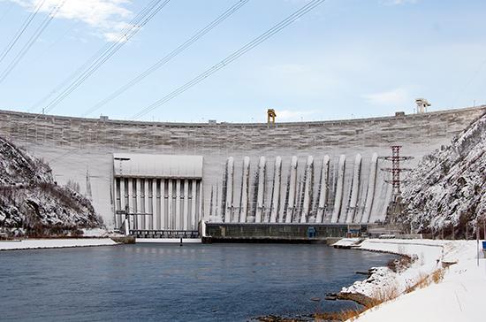 По плану ГОЭЛРО построили 40 электростанций