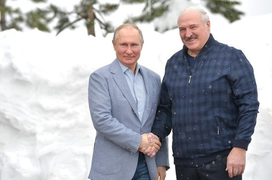 Путин: Москва остается крупнейшим экономическим партнером и инвестором Минска