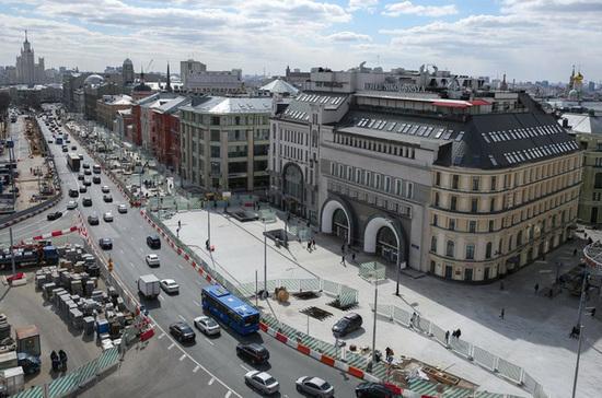 В Москве началось голосование по выбору памятника на Лубянской площади