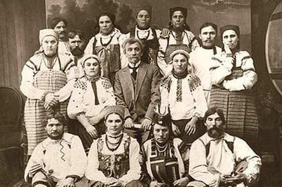Кто 110 лет назад пел в русском народном хоре Пятницкого