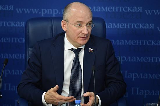 Комитет Совфеда одобрил поправки о пятикратном увеличении штрафов за незаконную агитацию