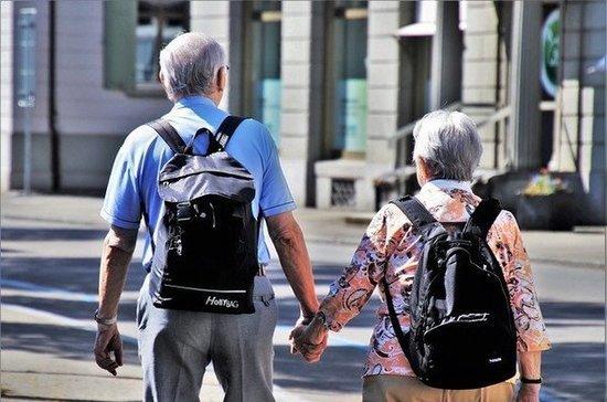 Минтруду предложили сократить рабочий день летом сотрудникам старше 60 лет