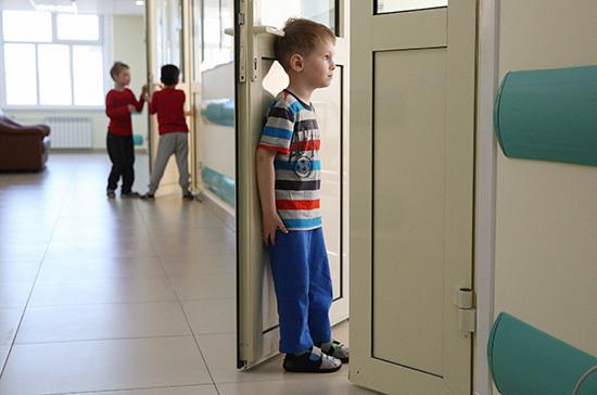 Эксперт рассказала о влиянии новых подтипов COVID-19 на детей