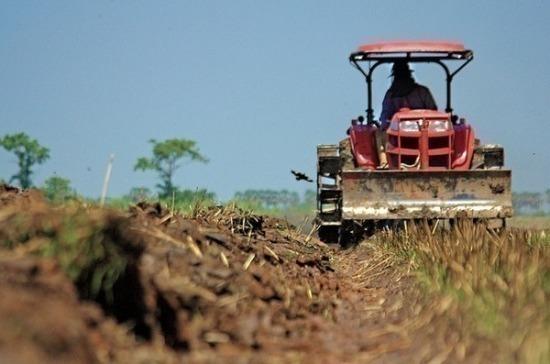 К агрохимикатам предлагают не относить торф и навоз