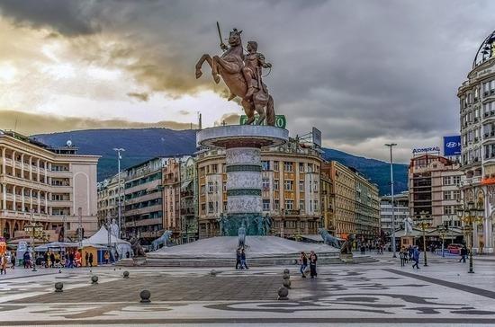 В Северной Македонии вводят комендантский час из-за коронавируса