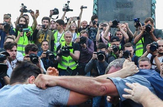 Журналистов научат работать на акциях протеста