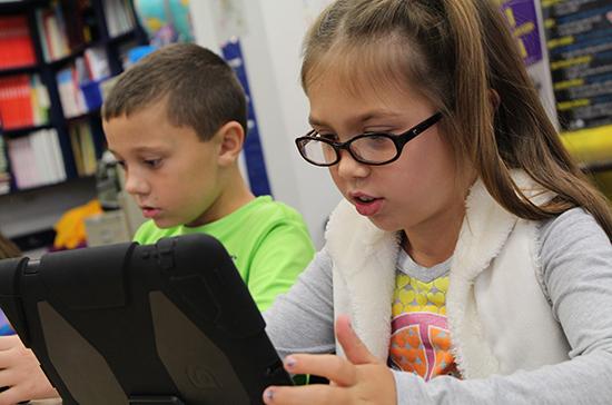 В Роспотребнадзоре дали рекомендации по работе школьников с гаджетами