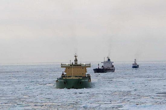 Компаниям в Заполярье компенсируют до 15% стоимости новых судов для северного завоза
