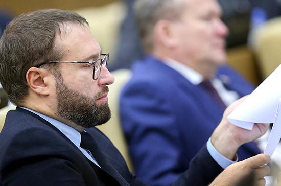Горелкин допустил изменение порога для декларации криптовалюты