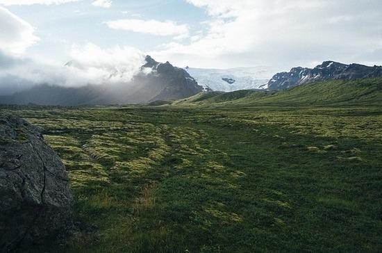 В Исландии объявили режим повышенной готовности из-за подземных толчков