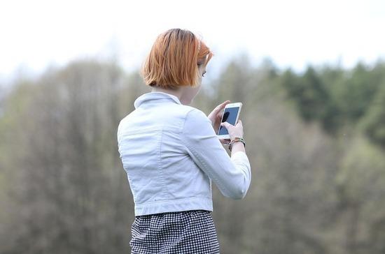 Операторов связи могут обязать передавать данные об абонентах и звонках