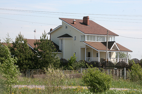 Кабмин поручил подготовить предложения по легализации гостевых домов
