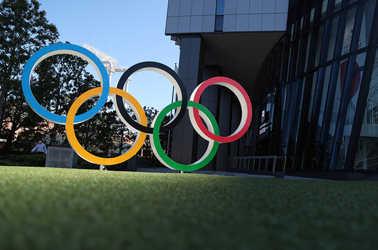МОК утвердил форму спортсменов из России на Играх в Токио