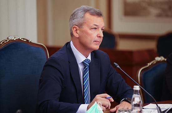 В Совфеде заявили о необходимости обеспечения связи школ, вузов и предприятий