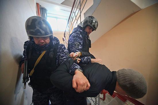 Политолог прокомментировал задержание украинских неонацистов в России