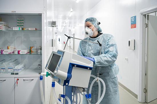 В Италии на 100 тысяч жителей в среднем приходится 264 заболевших COVID-19