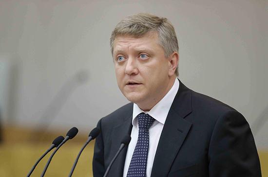 Вяткин назвал плюсы от введения регистрации в соцсетях по паспорту