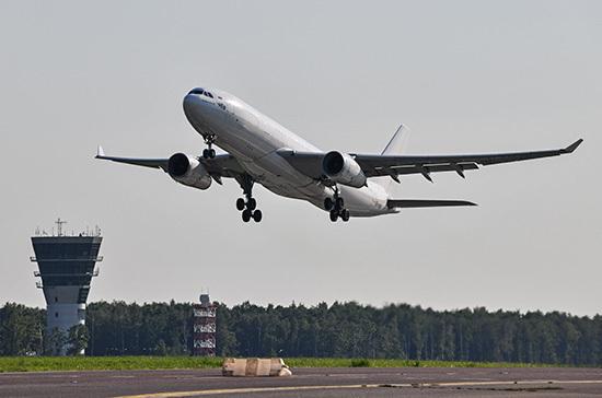 Россия с 1 апреля возобновляет авиасообщение с шестью странами