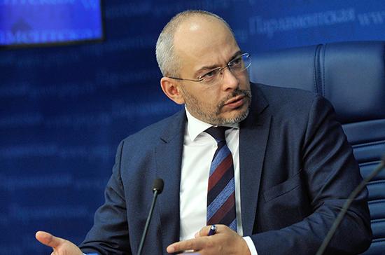 Николаев разъяснил суть предлагаемой процедуры передачи квартиры от застройщика покупателю