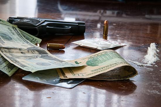 Банковские счета наркоторговцев предложили блокировать во внесудебном порядке