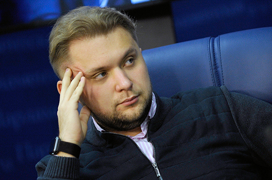 Чернышов предложил ввести квоту для детей-сирот при поступлении в колледжи