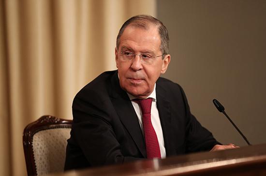 Лавров заявил об отказе НАТО обсуждать предложенные меры военного доверия