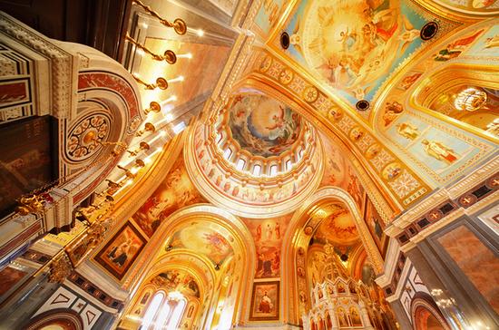 Церквям и мечетям просят дать скидки на свет