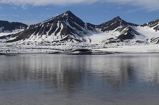 Правительство утвердило госпрограмму развития Арктики