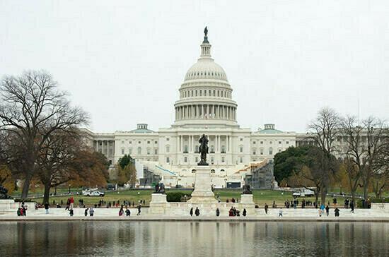 СМИ: США хотят выслать российских дипломатов и ввести новые санкции