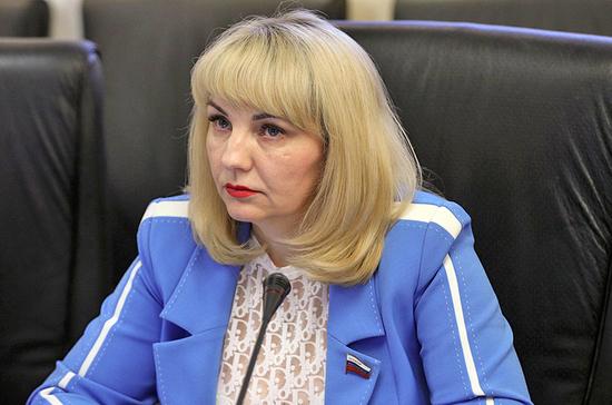 Сенатор предложила компенсировать муниципалитетам расходы на цифровизацию