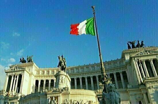 СМИ: Италия сможет восполнить потери ВВП от пандемии к концу 2022 года