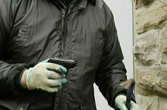 Мужчина с муляжом бомбы захватил магазин во Владикавказе