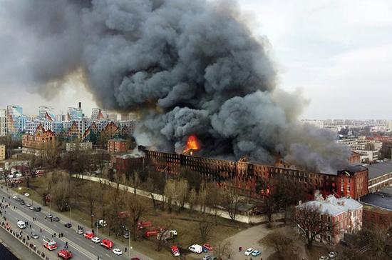 Пожар на «Невской мануфактуре» локализован