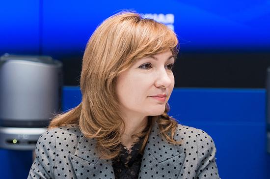 Тутова рассказала, зачем нужен проект о праве регионов увековечивать память воинов