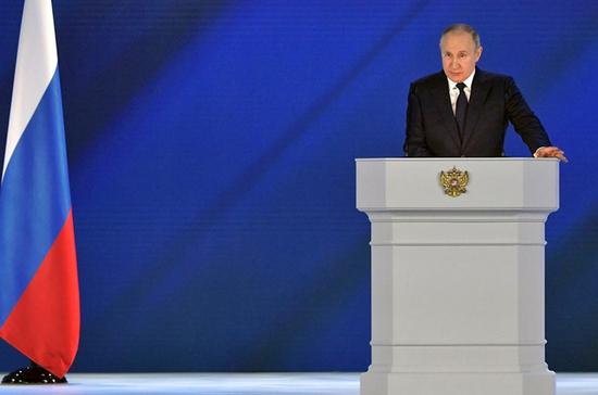 Путин: подключение конкретных домов к газовым сетям должно быть бесплатным