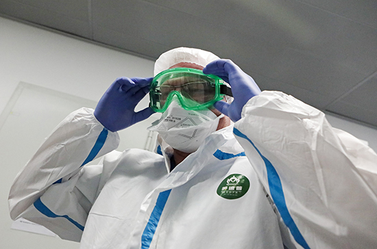 В России за сутки выявили 8,8 тыс. случаев заболевания COVID-19