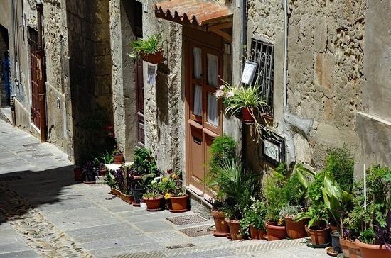 Сардиния останется единственной областью в Италии с режимом локдауна