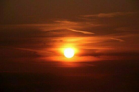 Учёный объяснил, нужны ли лекарства метеозависимым из-за вспышек на Солнце