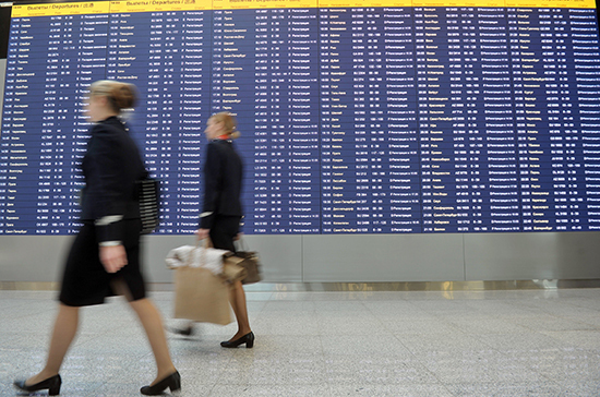 СМИ: в аэропортах предложили создать коридоры для привитых от COVID-19