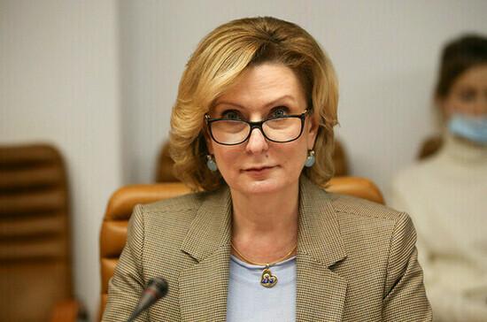 Сенаторы ждут решения вопроса о кешбэке за путёвки в детские лагеря до майских праздников