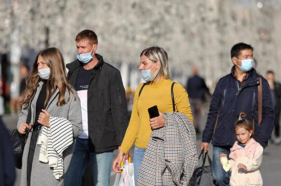 В Москве сложилась напряженная эпидемиологическая ситуация по COVID-19