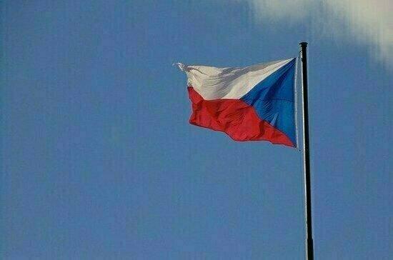 Премьер и глава Минюста Чехии настаивают на своей версии взрывов во Врбетице